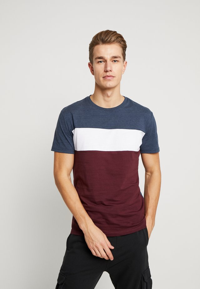 T-shirt con stampa - bordeaux / dark blue