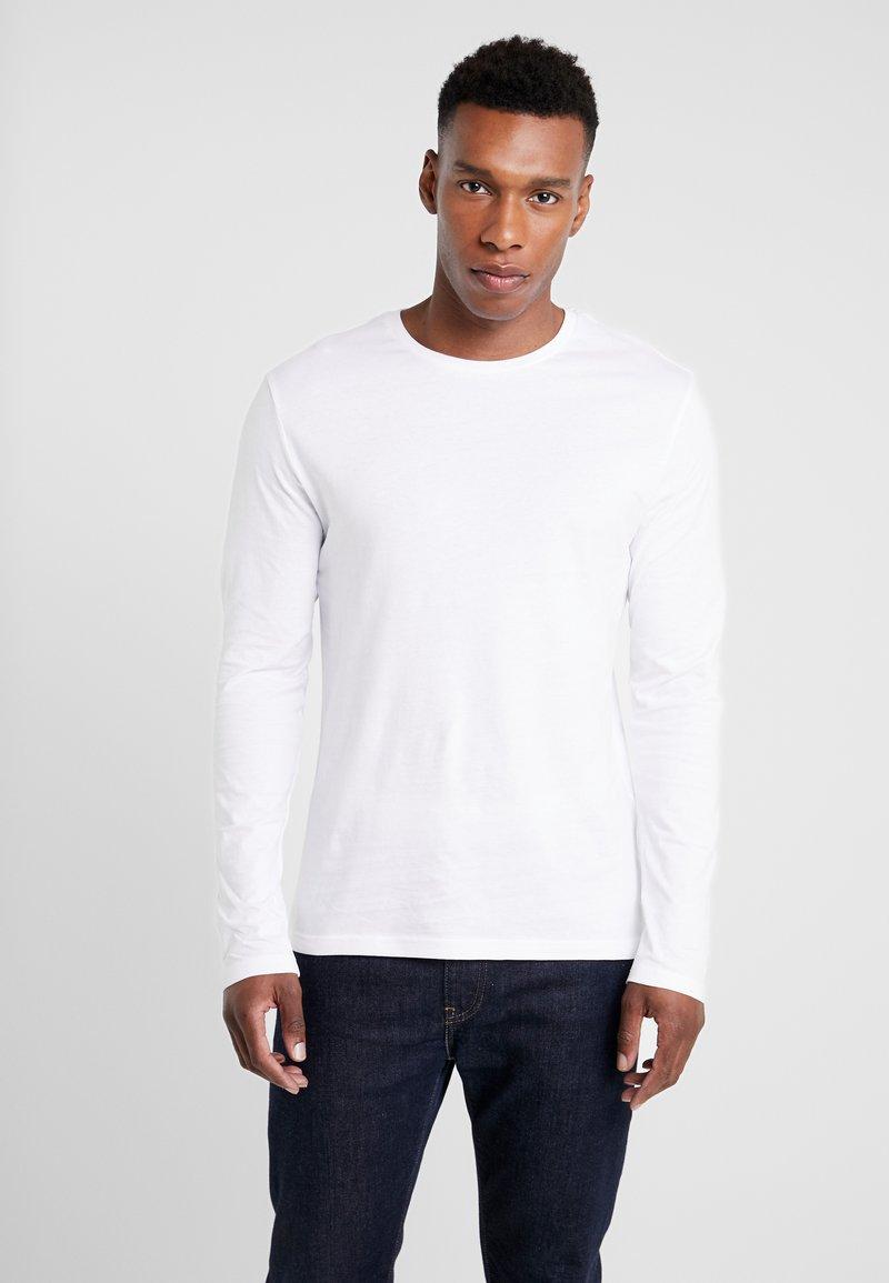 Pier One - Langærmede T-shirts - white