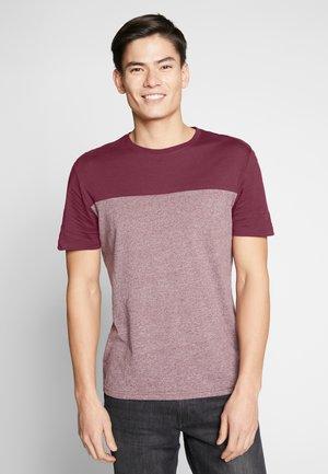 T-shirts med print - bordeaux