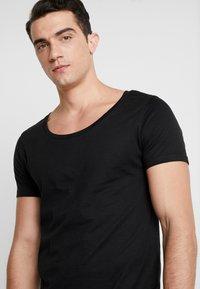 Pier One - T-shirt basic - black - 4
