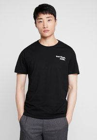 Pier One - T-shirts med print - black - 2