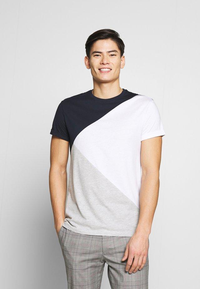 T-shirt con stampa - white/dark blue