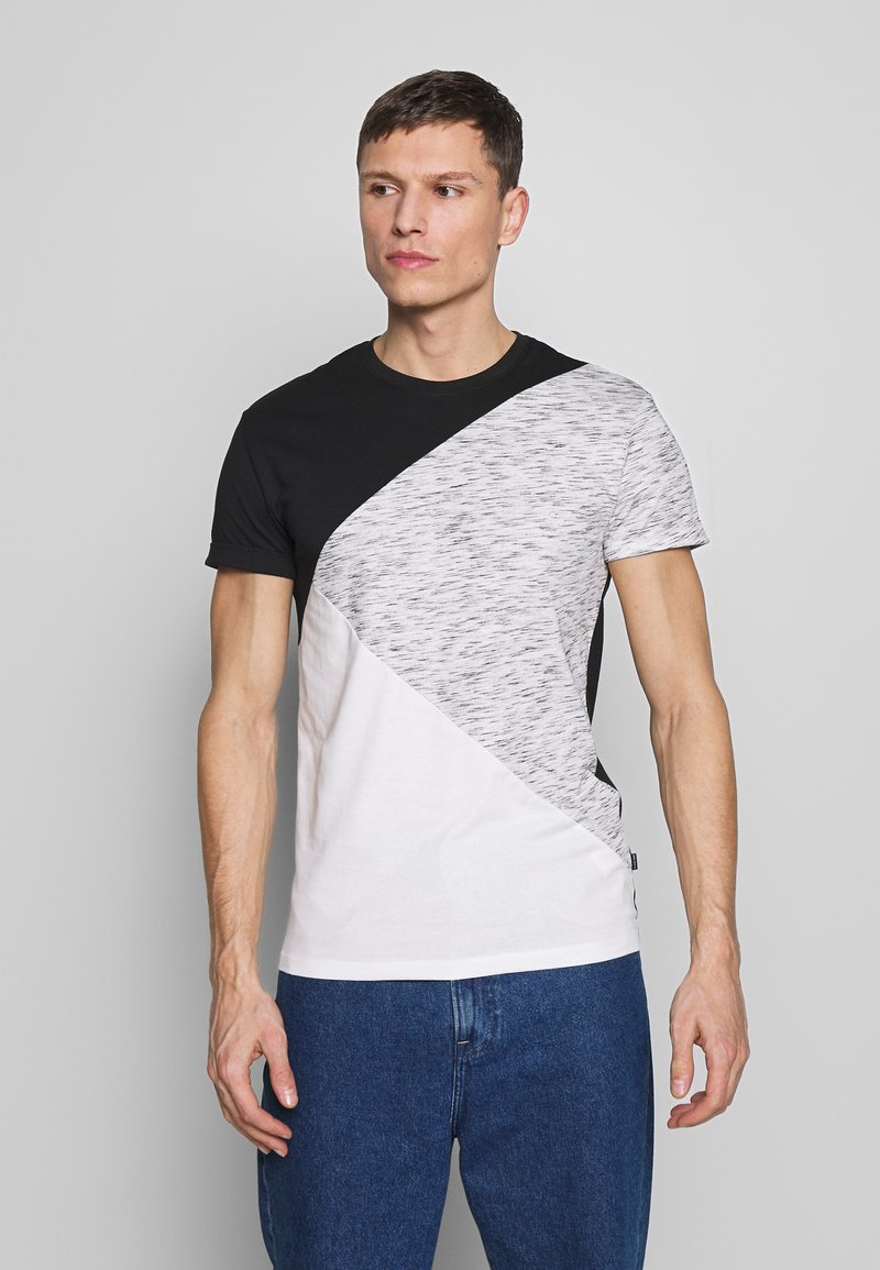 Pier One - T-shirt con stampa - black / offwhite