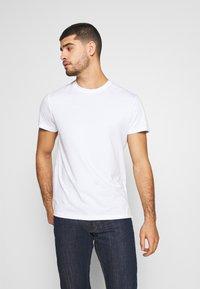 Pier One - LONGLINE - Print T-shirt - bright white - 0