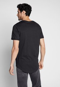 Pier One - T-shirts - black - 2