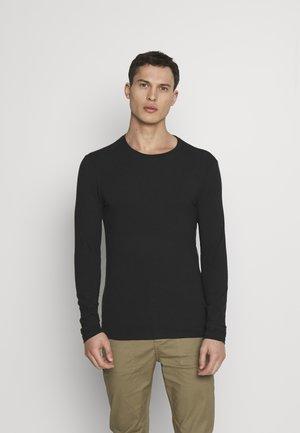 MUSCLE FIT LONGSLEEVE - Long sleeved top - black