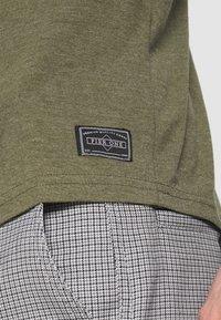 Pier One - Bluzka z długim rękawem - mottled olive - 5
