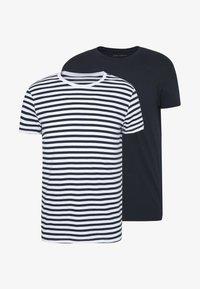 Pier One - 2 PACK - Basic T-shirt - white/dark blue - 4