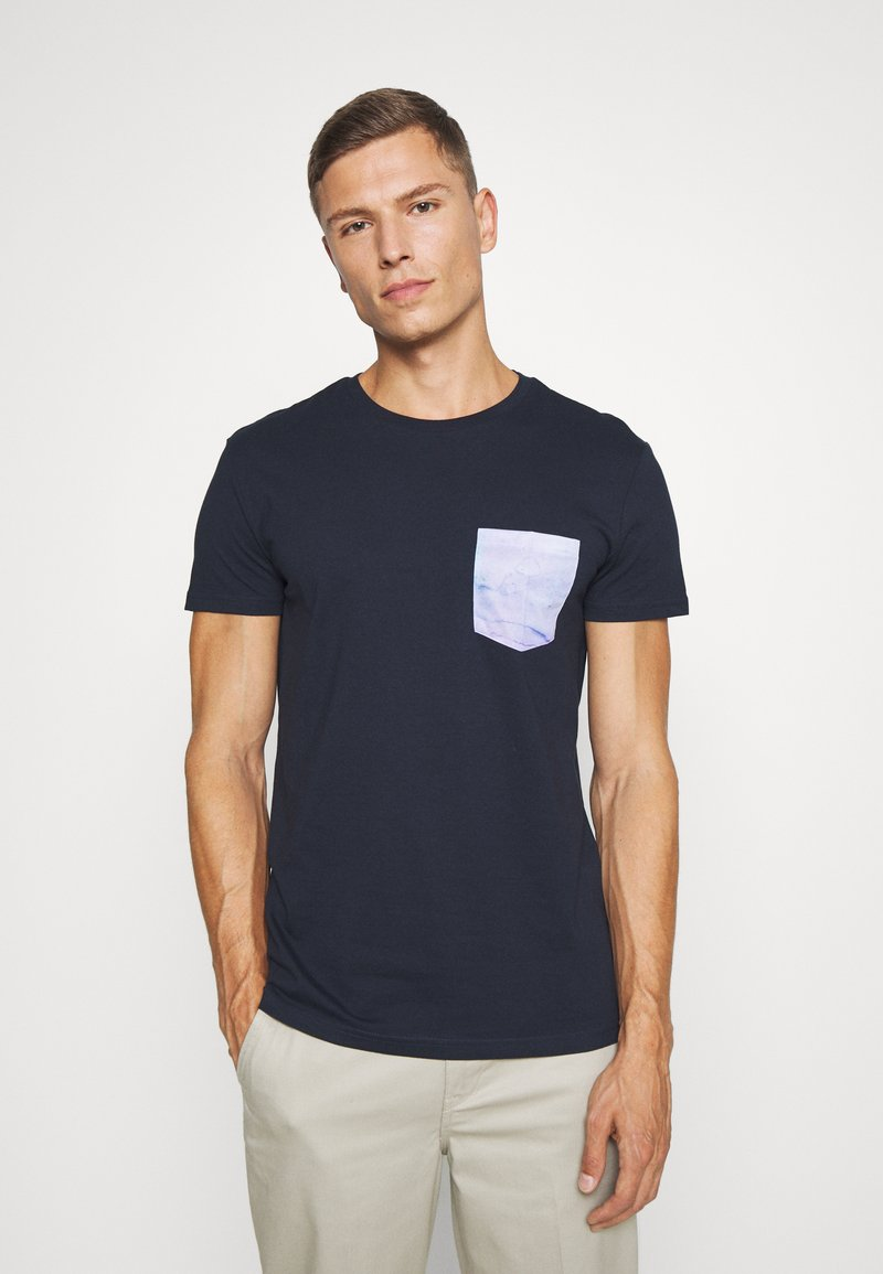 Pier One - T-shirt z nadrukiem - dark blue