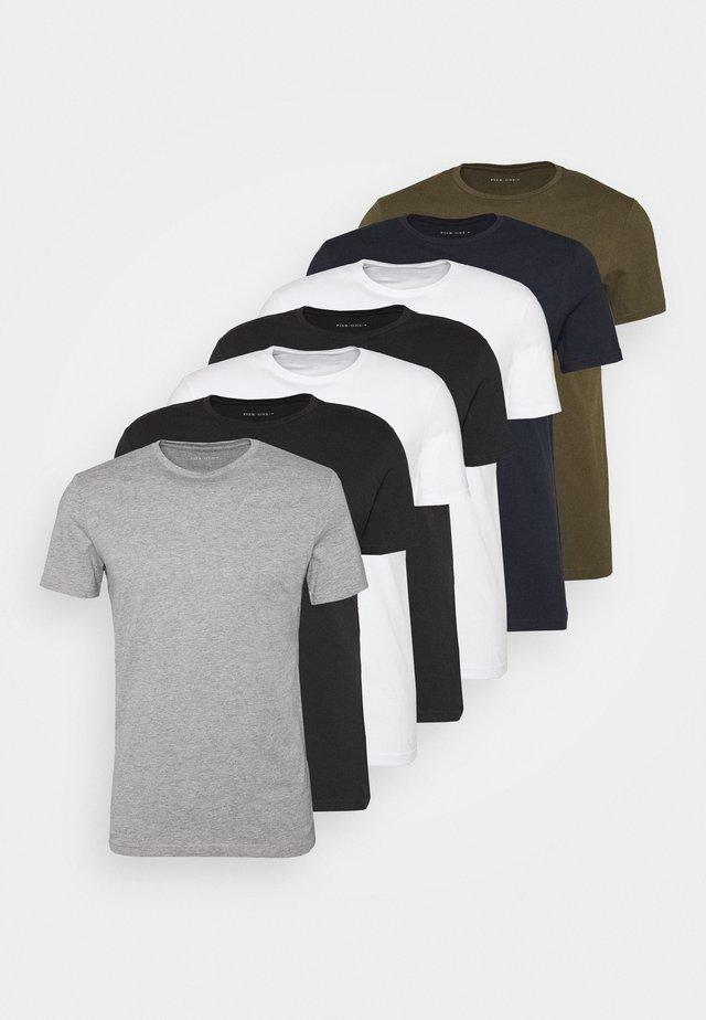 7 PACK - T-shirt basic - white/blue/green
