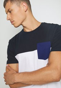 Pier One - T-shirt imprimé -  dark blue - 5
