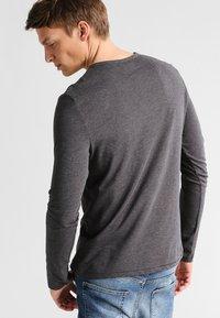 Pier One - Maglietta a manica lunga - dark grey melange - 2