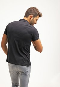 Pier One - Polo - black - 2