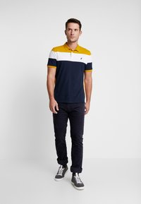 Pier One - Polo - dark blue/mustard