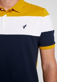 Pier One - Polo shirt - dark blue/mustard - 5