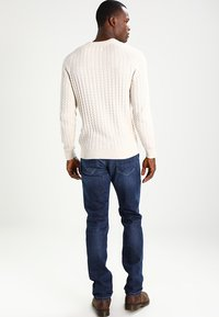 Pier One - Stickad tröja - off-white - 2