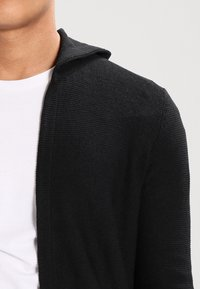 Pier One - Cardigan - solid black - 4