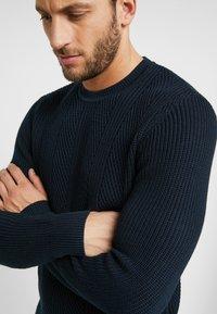 Pier One - Stickad tröja - dark blue - 4