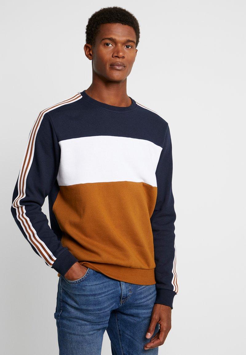 Pier One - COLOUR BLOCK TAPE - Sweatshirt - dark blue/brown
