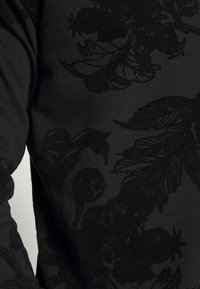 Pier One - TONAL DARK FLORAL  - Sweatshirt - black - 5