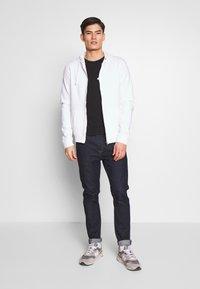 Pier One - Zip-up hoodie - white - 1