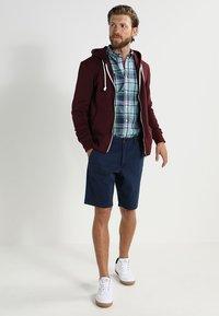 Pier One - Zip-up hoodie - bordeaux melange - 1