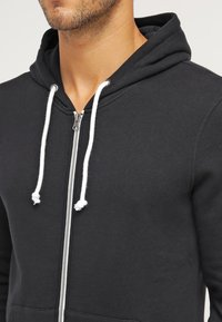 Pier One - Zip-up hoodie - black - 3