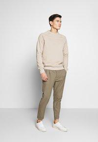 Pier One - Sweatshirt - beige - 1