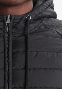 Pier One - Chaqueta de entretiempo - mottled dark black - 3