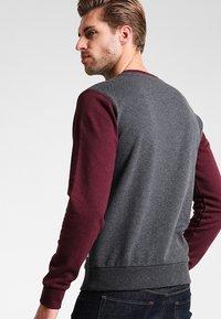 Pier One - Sweatshirt - mottled bordeaux - 2