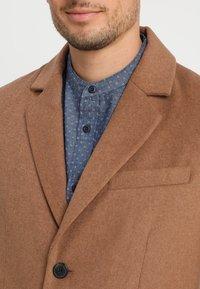 Pier One - Classic coat - caramel - 5