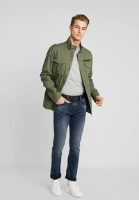 Pier One - Summer jacket - khaki - 1