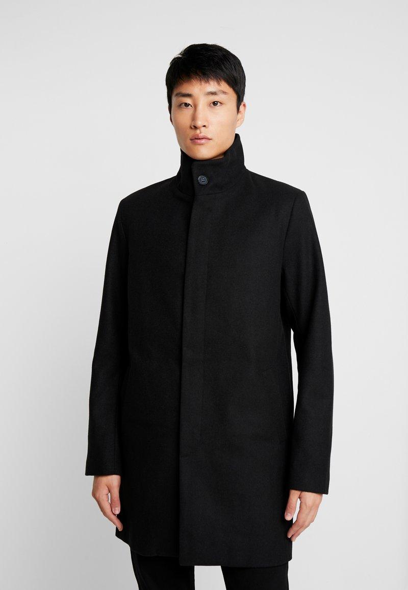 Pier One - Abrigo corto - black