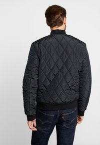 Pier One - Bomber bunda - black - 2
