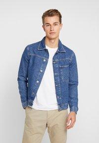 Pier One - Kurtka jeansowa - blue denim - 0