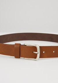 Pier One - Belt - cognac - 4