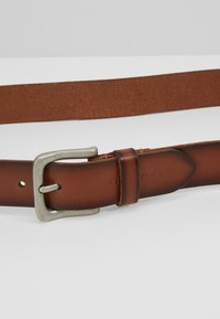 Pier One - Belt - cognac - 4