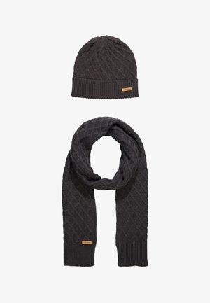 SET - Šála - dark gray
