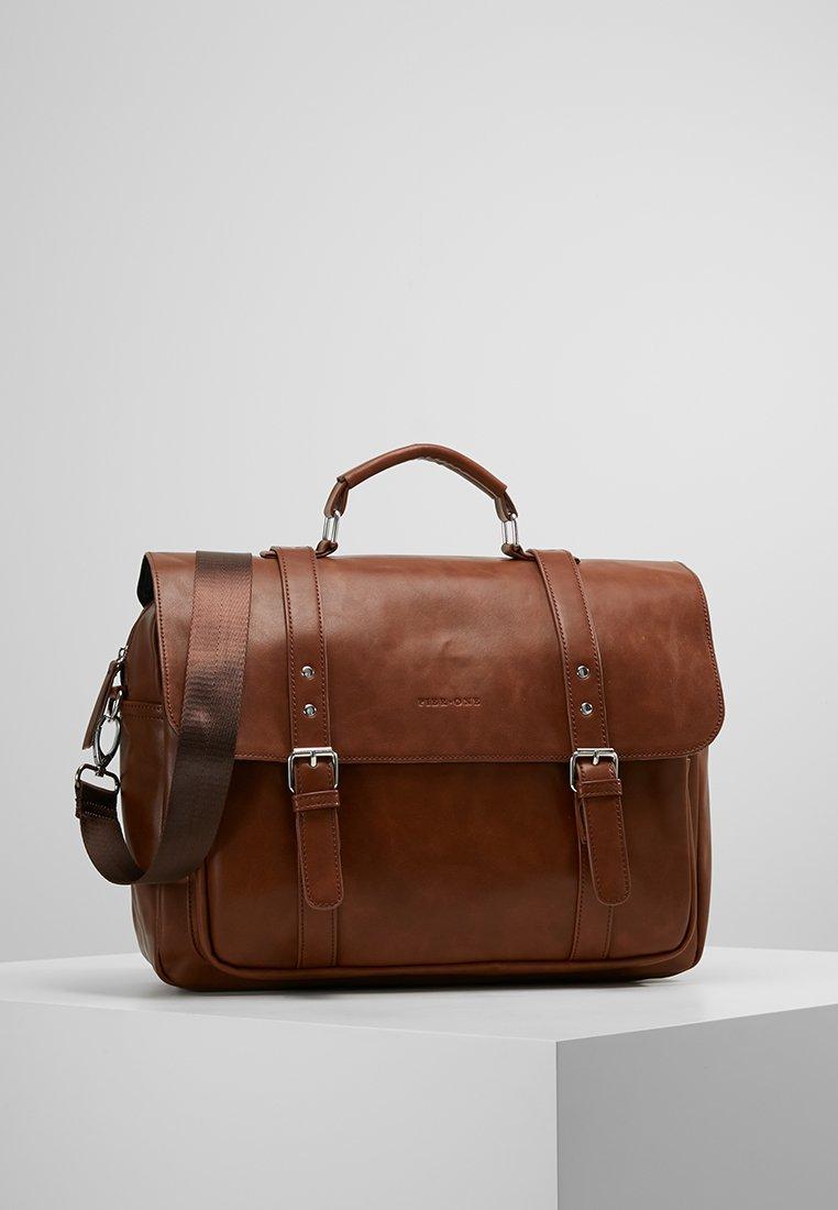 Pier One - Briefcase - brown