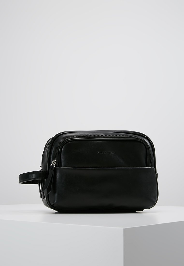 Pier One - Wash bag - black