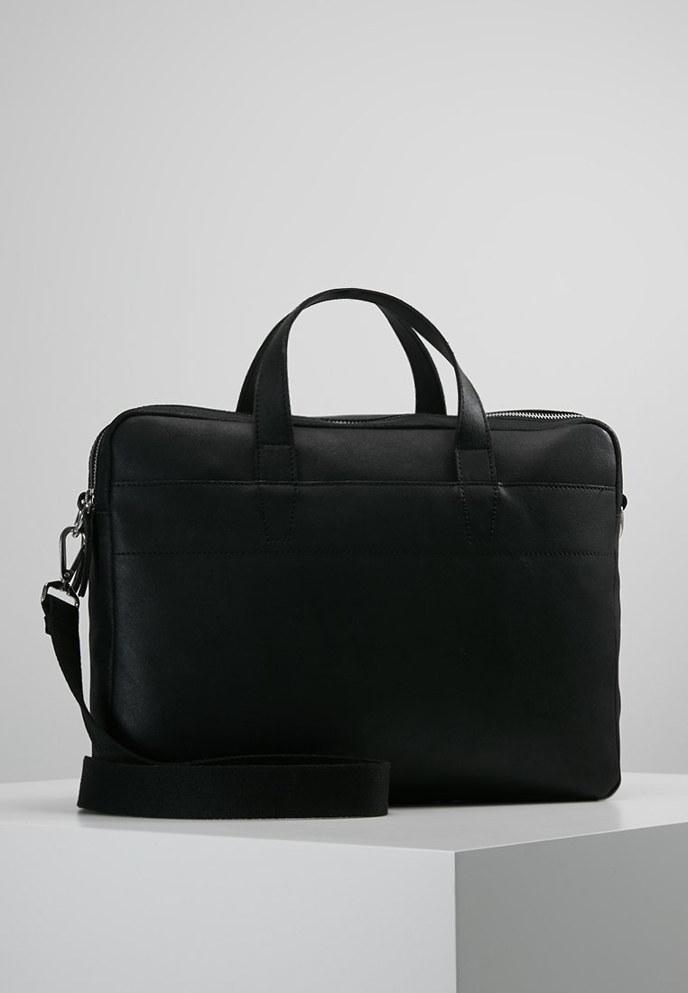 Pier One - Briefcase - black