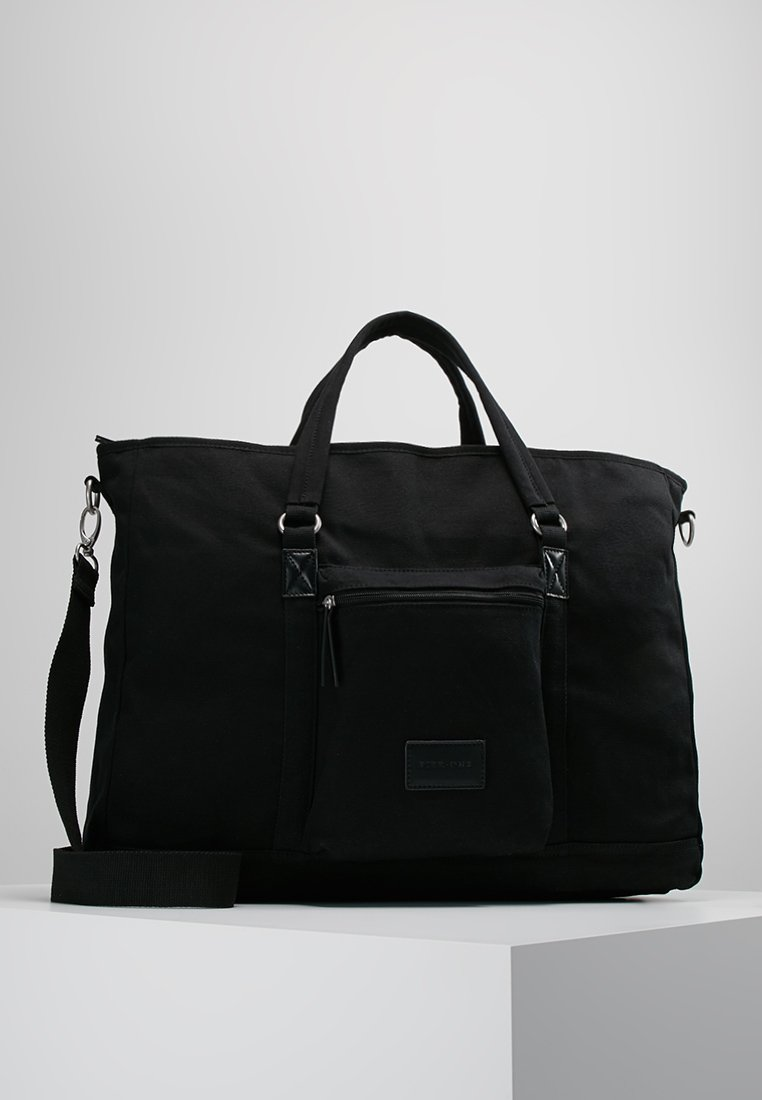 Pier One - Weekend bag - black