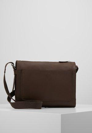 LEATHER - Across body bag - dark brown