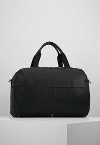 Pier One - LEATHER - Weekendbag - black - 2