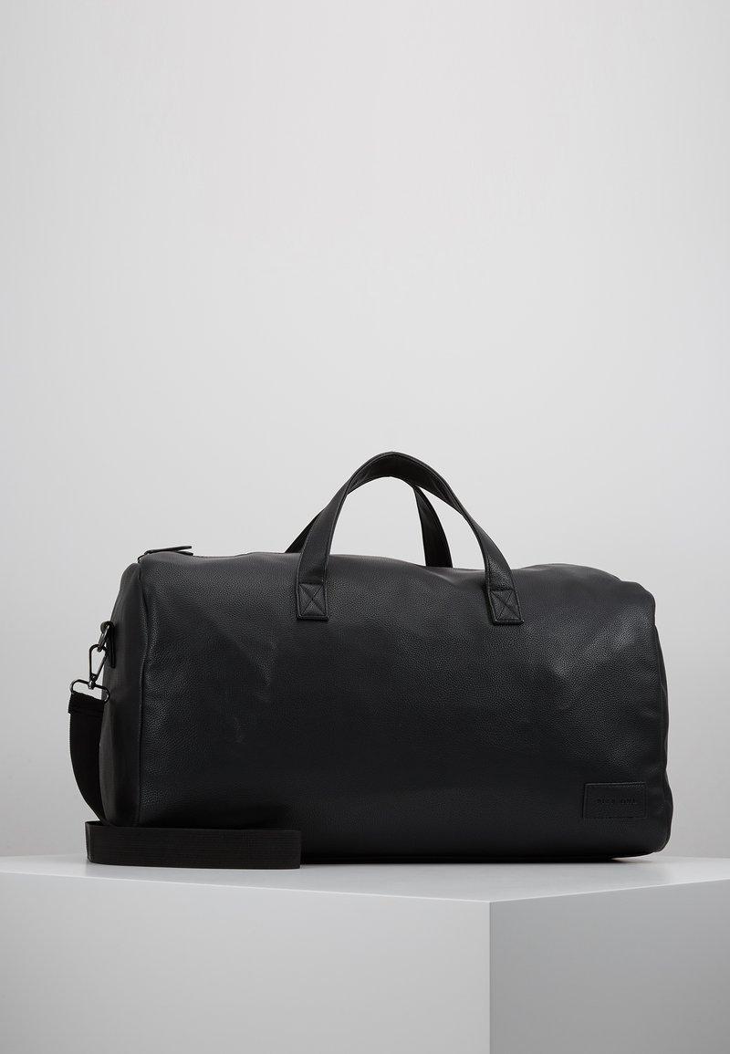 Pier One - UNISEX - Weekendtas - black