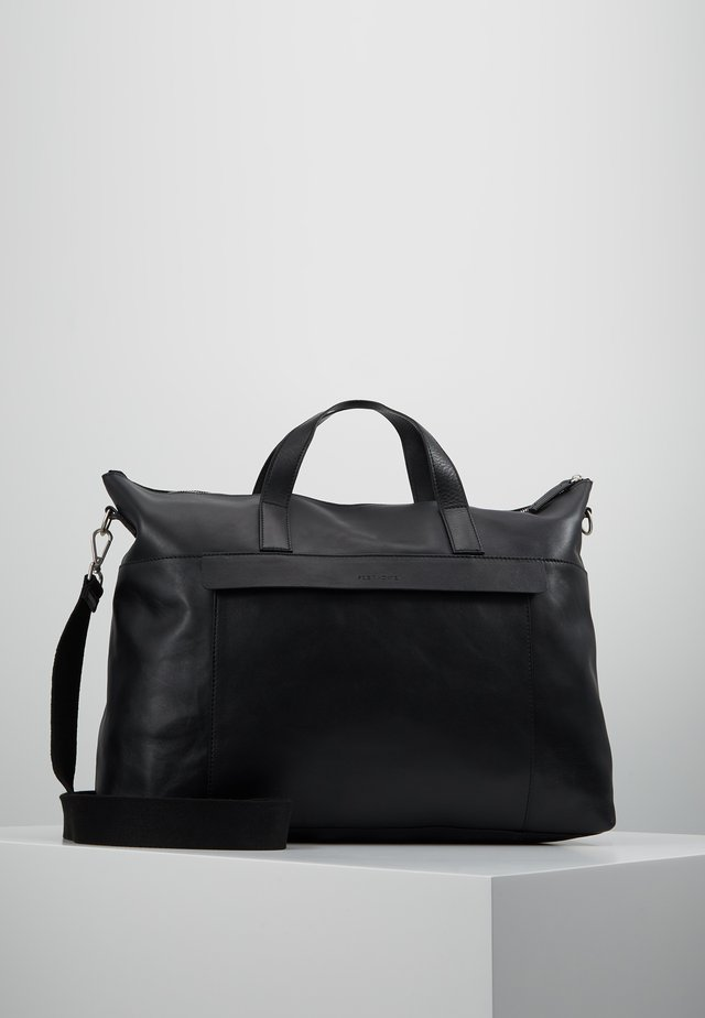 LEATHER - Weekendbag - black