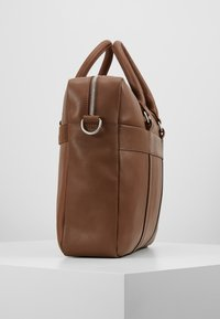 Pier One - LEATHER - Briefcase - brown - 3
