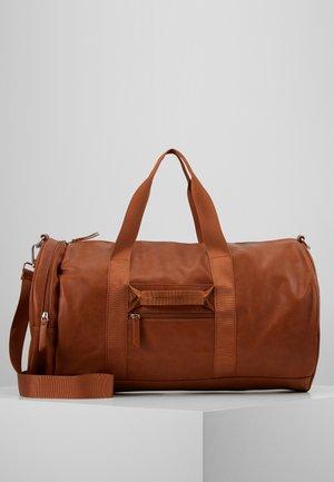 Sportovní taška - cognac