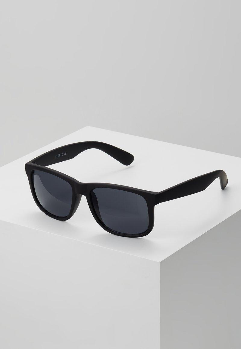 Pier One - Sunglasses - black