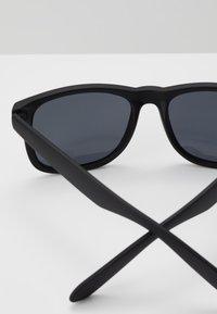 Pier One - Sunglasses - black - 3